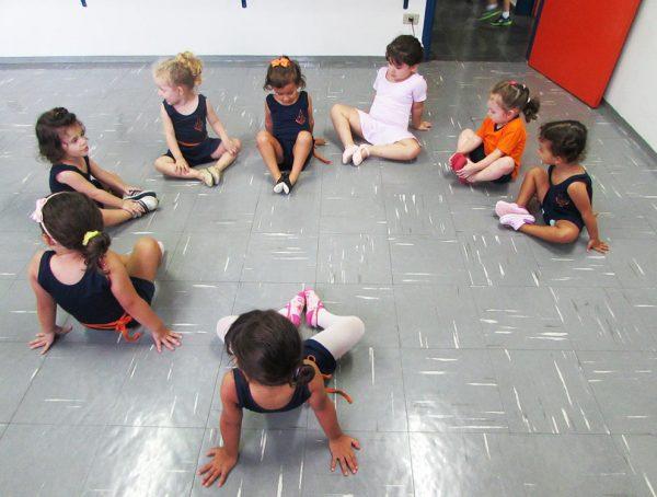 pinguinho-de-gente-itu-aula-de-ballet-001
