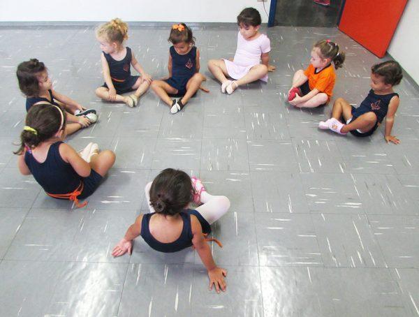 pinguinho-de-gente-itu-aula-de-ballet-002