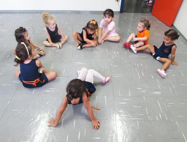 pinguinho-de-gente-itu-aula-de-ballet-003