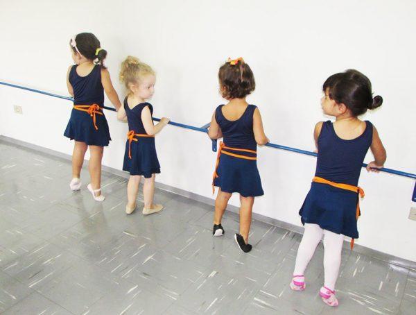 pinguinho-de-gente-itu-aula-de-ballet-006