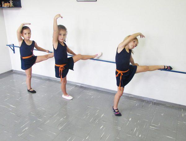 pinguinho-de-gente-itu-aula-de-ballet-010