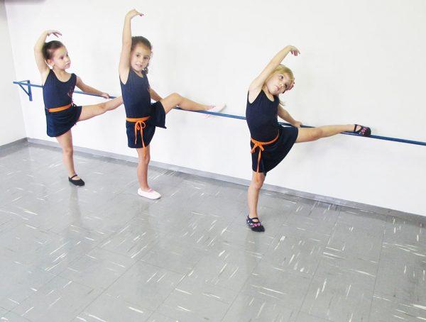 pinguinho-de-gente-itu-aula-de-ballet-011